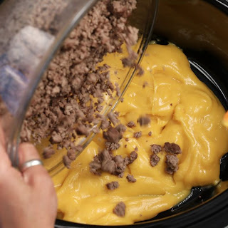 Slow Cooker Meaty Cheese Dip.