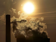 Photo: CHESHIRE, UNITED KINGDOM - APRIL 11:  The cooling towers of Fiddlers Ferry power station emit steam on April 11, 2006, Cheshire, England. The world's population is more environmentally aware now than ever with emissions being cut and rubbish recycling at it's highest. However experts have announced that current levels of the greenhouse gases carbon dioxide and methane in the atmosphere are higher now than at any time in the past 650,000 years.  (Photo by Christopher Furlong/Getty Images)