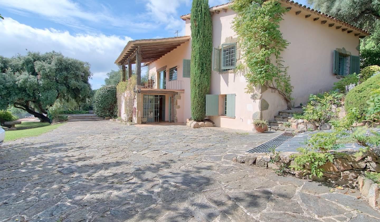 Chalet avec terrasse Castellar