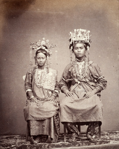 A Java nuptial couple in wedding dress