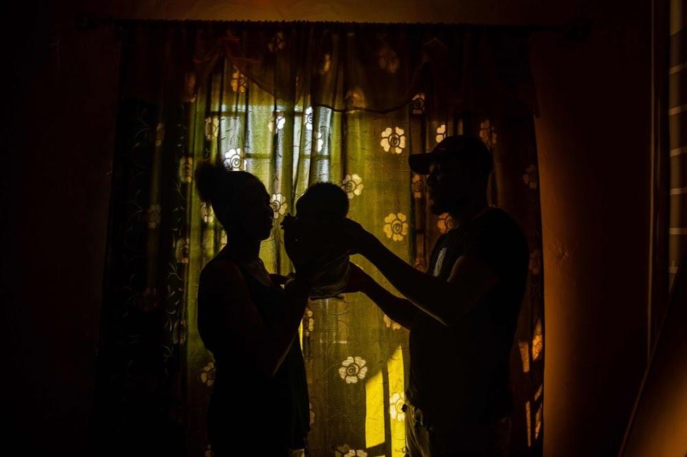 Nigeriese vlugtelinge staar armoede en jaloesie in die gesig wanneer hulle huis toe gaan