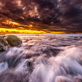 the fierce nature by Donnyfer Philippe - Landscapes Sunsets & Sunrises ( canon, nature, sunset, donnyfer, travel, landscape, sun )