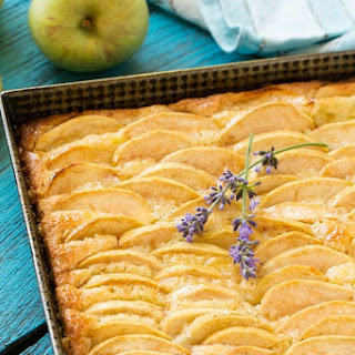 Apple Cinnamon Honey Cake.