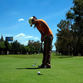 The best moment by Cristobal Garciaferro Rubio - Sports & Fitness Golf ( golf course, ball, green, club, lady, golf, trees, beauty, hole )