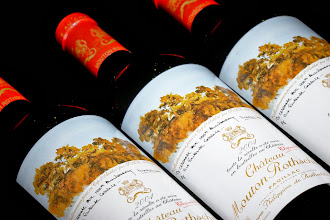 Photo: Chateau Mouton Rothschild: http://www.winecellarage.com/catalogsearch/result/index/?Search=Go&limit=all&q=mouton+rothschild