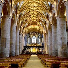 Tewkesbury Abbey by Timothy Carney - Buildings & Architecture Places of Worship ( england, tewkesbury, church, norman architecture, abbey )
