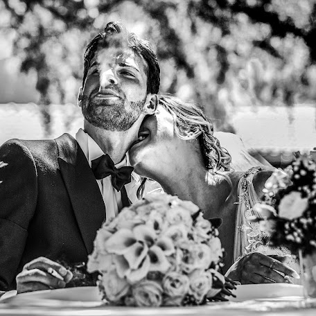 Wedding photographer Giuseppe Genovese (giuseppegenoves). Photo of 10.02.2018