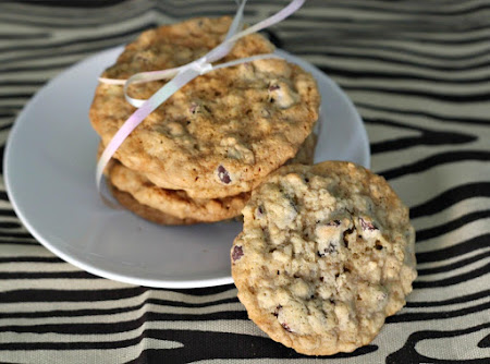 Almost Potbelly Oatmeal Chocolate Chip Cookies Recipe