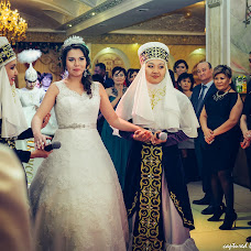 Wedding photographer Vladimir Esikov (Yess). Photo of 01.05.2015