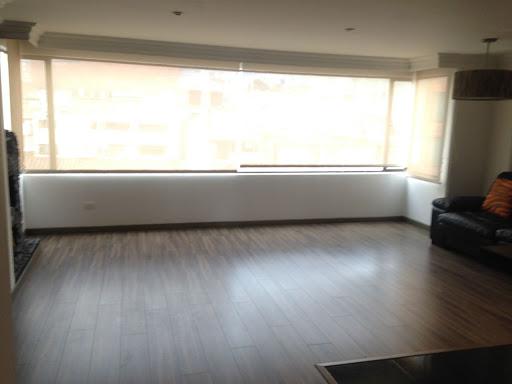 Apartamento en Venta - Bogota, Santa Barbara 642-3046