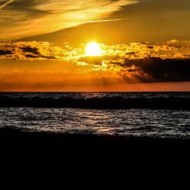 Sunset by Paul Drajem - Landscapes Sunsets & Sunrises ( lake erie sunset sunset, lake erie sunset, lake erie )