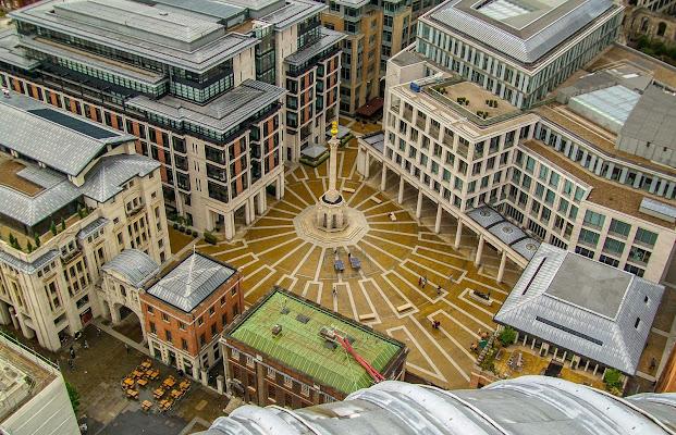 Architettura londinese vista dalla cattedrale di St. Paul di Marina_Dossi