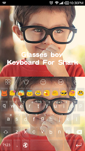 Glasses boy-Shark Theme
