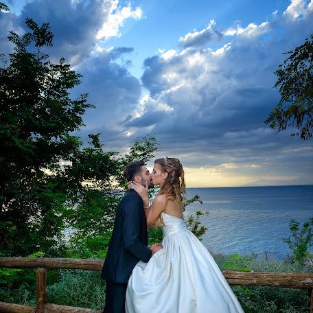 Wedding photographer GIANNIS THEODOSIADIS (GIANNISTHEODOSI). Photo of 06.10.2017