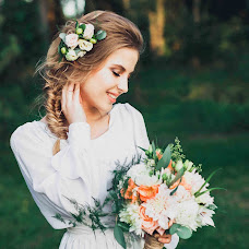 Wedding photographer Polina Nikandrova (Polinka). Photo of 26.10.2016