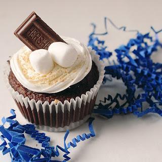 SHORTCUT Smores Cupcakes