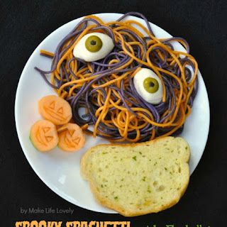 Spooky Spaghetti with Eyeballs Pasta