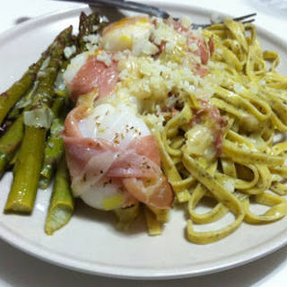 Prosciutto Wrapped Scallops On Linguine With White Wine Butter Sauce.