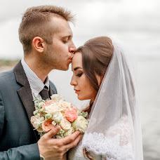 Wedding photographer Olesya Vasileva (OLESYAVAS). Photo of 11.08.2017