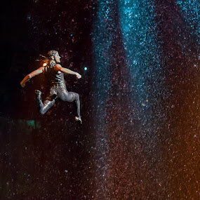 Jump by Ken Cheung - News & Events Entertainment ( the house of dancing water, macau, city of dreams )