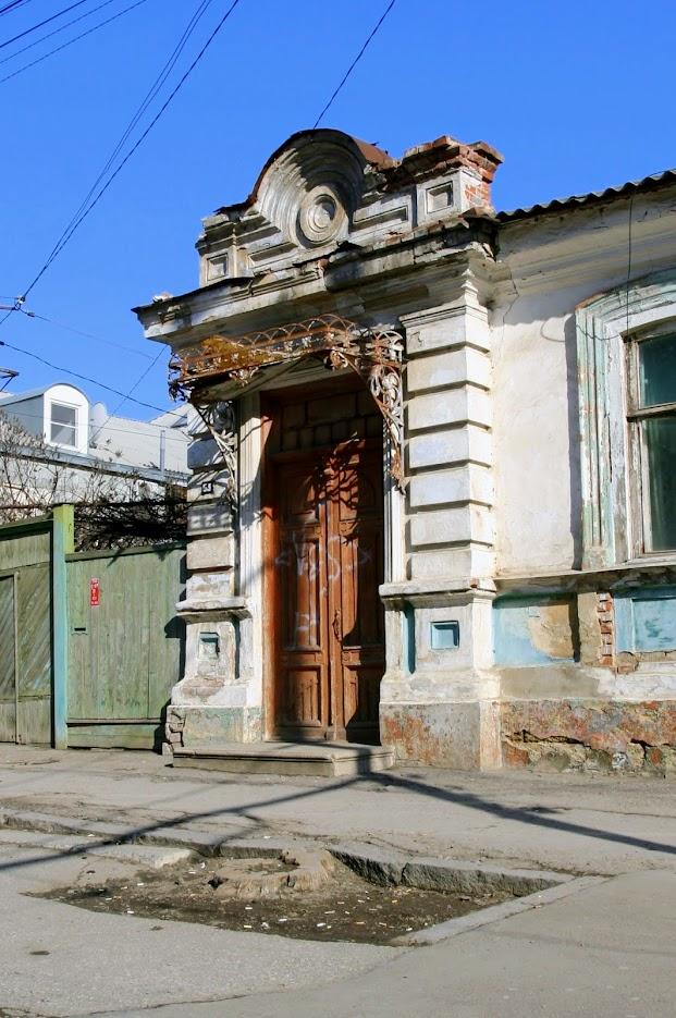 https://sites.google.com/site/istoriceskijtaganrog/nekrasovskij-pereulok/dom-53