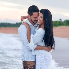 Wedding photographer Tales Selvatici (TSMstudio). Photo of 19.04.2018