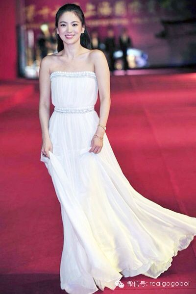 hyekyo gown 6