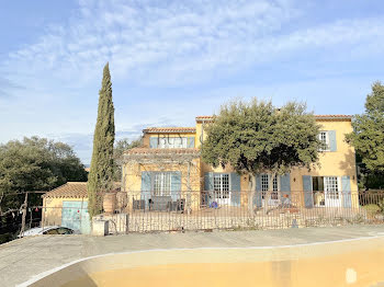 villa à Beaumettes (84)