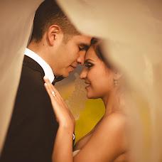 Wedding photographer Valery Garnica (focusmilebodas2). Photo of 18.12.2017