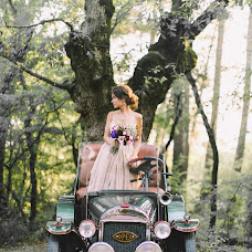 Wedding photographer Larisa Demidova (LGaripova). Photo of 08.12.2015