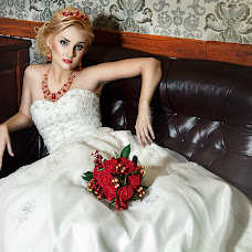 Wedding photographer Sergey Mikhnenko (SERGNOVO). Photo of 08.02.2017