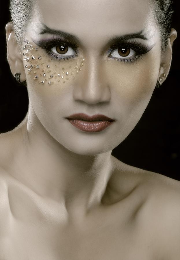 Dewi by Sonny Emalianto - People Fashion