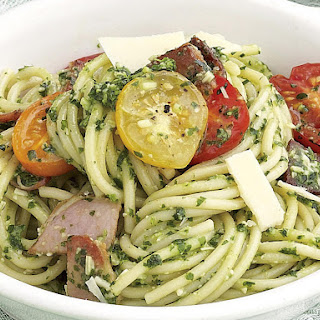 Spaghetti with Pesto, Bacon and Tomatoes.