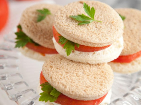 Tomato Sandwich With Parsley Or Basil Recipe