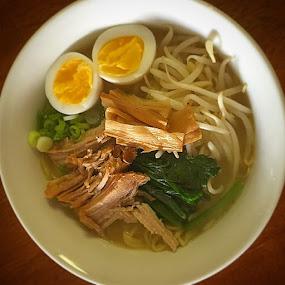 Hiroko's Shio Slow Pulled Pork お家でラーメン!🍜 by Bill      (THECREOS) Davis - Food & Drink Plated Food