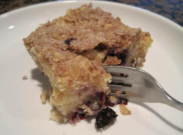 Blueberry Coffee Cake With Crumble Topping