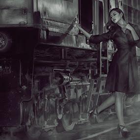 Elvira  by Khomzin Arief - People Portraits of Women
