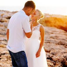 Wedding photographer Arina Grin (neZluka). Photo of 08.04.2015