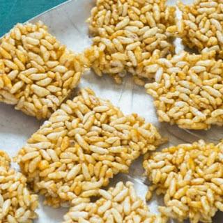 Murmura Chikki   Puffed Rice And Jaggery Bars.