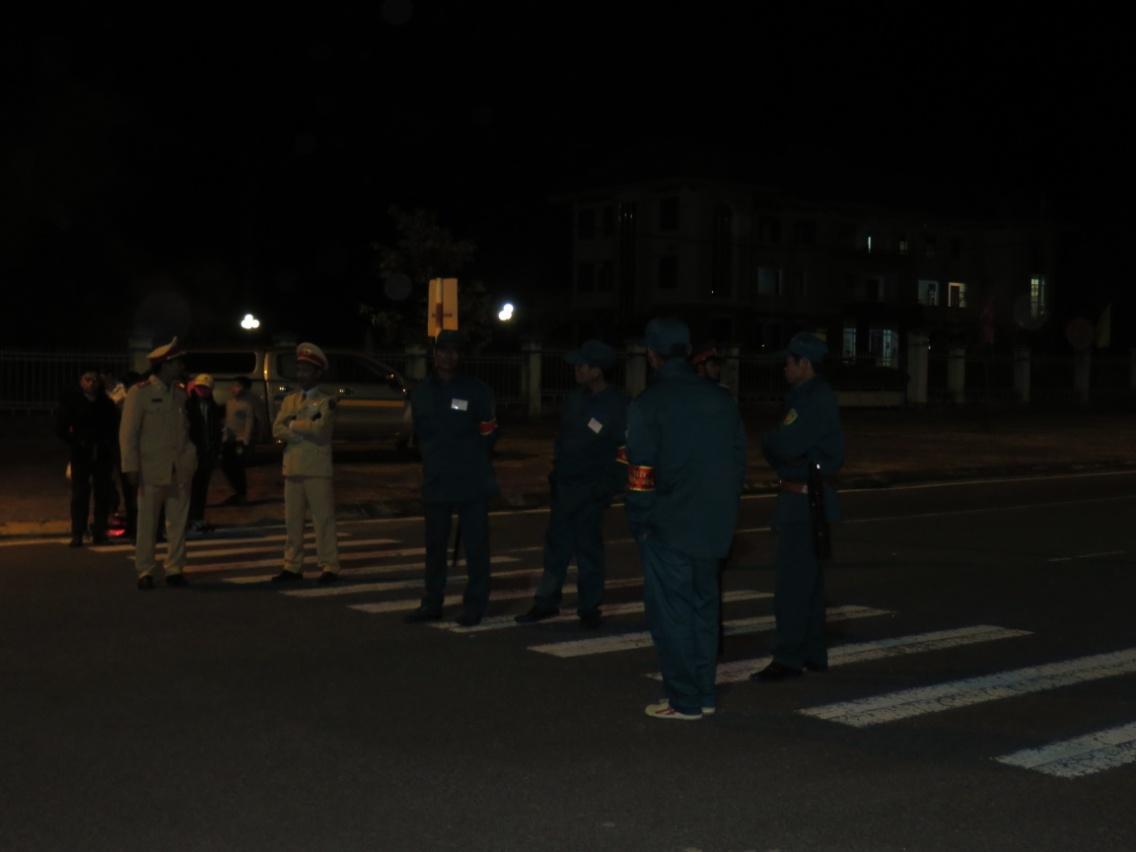 Công an huyện Ngọc Hồi bảo vệ an toàn lễ hội bắn pháo hoa đêm giao thừa Tết Bính Thân  2016