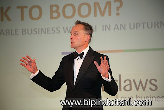 Photo: Corporate Photographer London For Linkedin profile headshots, events and business photography