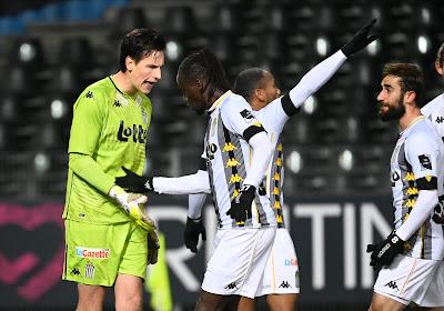 """🎥 Première clean sheet et penalty arrêté pour Rémy Descamps: """"Une vraie note positive"""""""