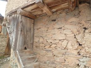 Photo: escalera con gatera