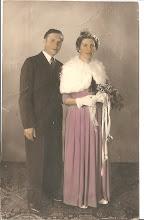 Photo: Jongste broer van mijn vader, Jacob Schong. (Jaap )geb.1921, ovl. 1995.  Cornelia (Cor) Teppenkamp geb. 1924, ovl. 1980. Zij hadden geen kinderen.