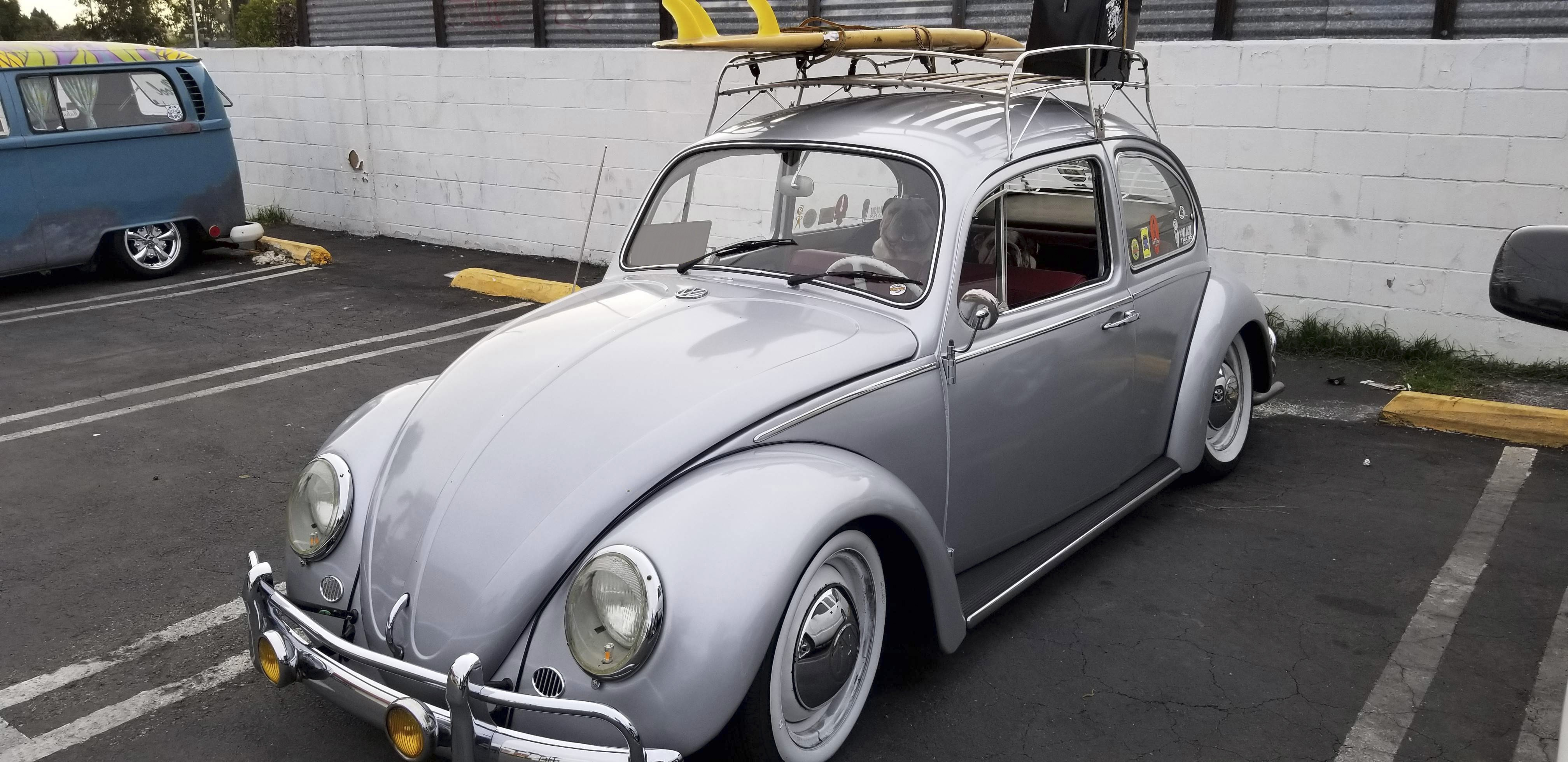 Volkswagen Beetle Hire La Puente
