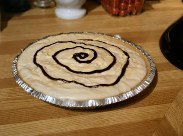 Nice, light, rich pie for that peanut butter fan.  Thanks for the sweet pic Irmgard!