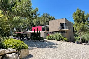 villa à Beaucaire (30)