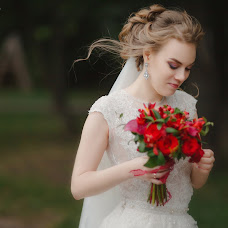 Wedding photographer Yuliya Cvetkova (yulyatsff). Photo of 20.02.2018