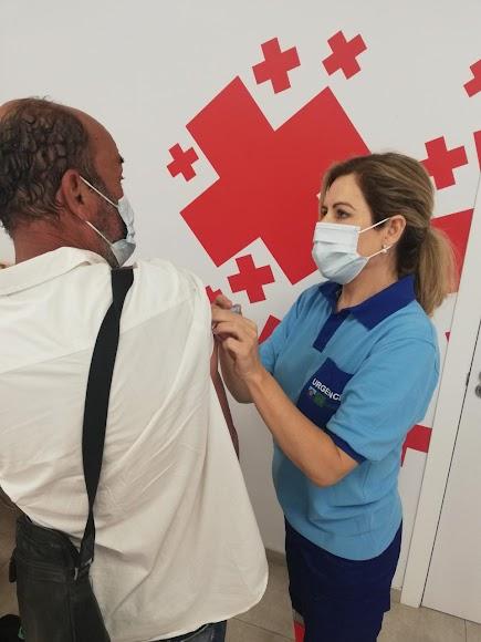 Cruz Roja colabora con el Distrito Sanitario Almería.