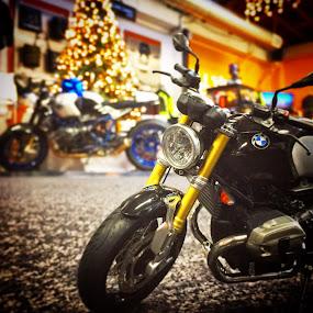 RNINET Christmas by Bill      (THECREOS) Davis - Transportation Motorcycles ( #replica, #rninet, #motorcycle, #christmastree, #bmwmotorcycle, #christmas, #bmw, #hpt, #christmaspresent, #bmwmotorcyclesofsanfrancisco, #closeup,  )